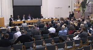 Klaus Wiwel, som har skrevet bogen 'Den sidste nadver' om forfølgelse af kristne i Mellemøsten, var en af talerne på høringen i Udenrigsudvalget.