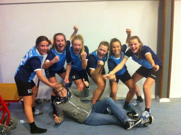 Sydvestjyllands Efterskoles fodboldpiger er Sydjyske